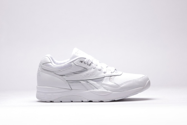 reebok-ventilator-supreme-triple-white-side