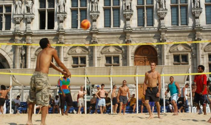 Paris-plage-2015-beach-volley