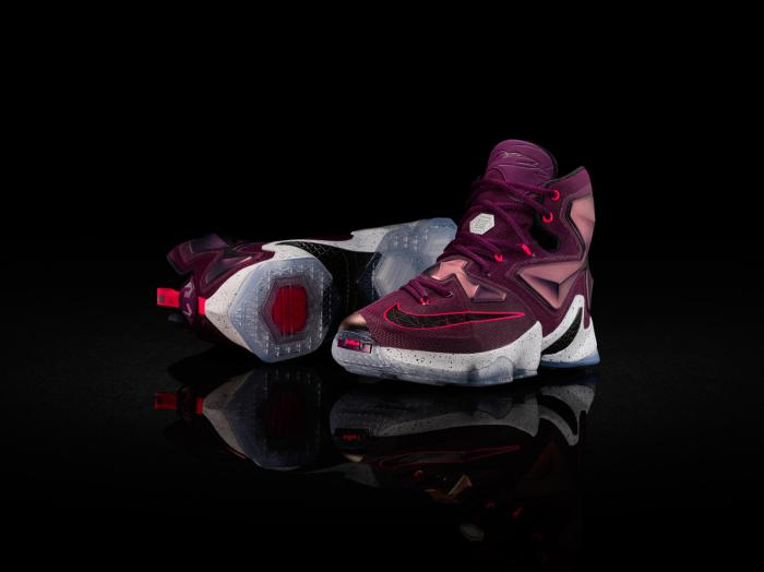 Nike_LeBron_James-13
