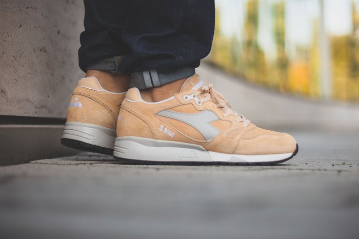 diadora-s8000-beige-wheat-sneakers