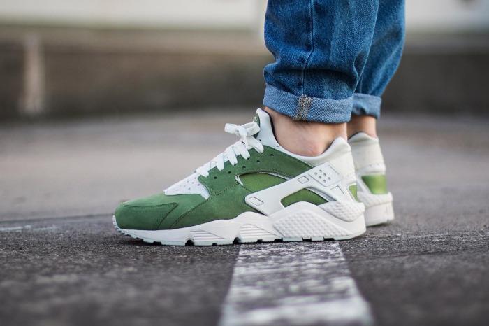nike-air-huarache-run-premium-colorways-green-sneakers