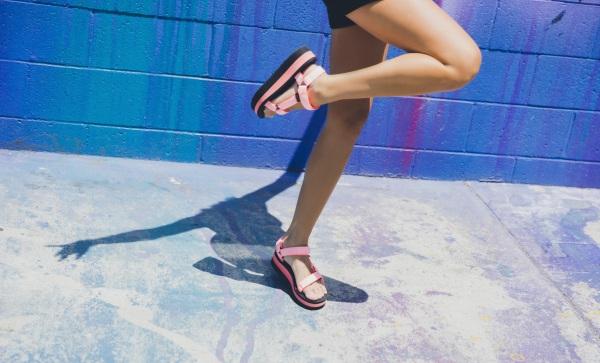 teva-sandales-plateform-universal