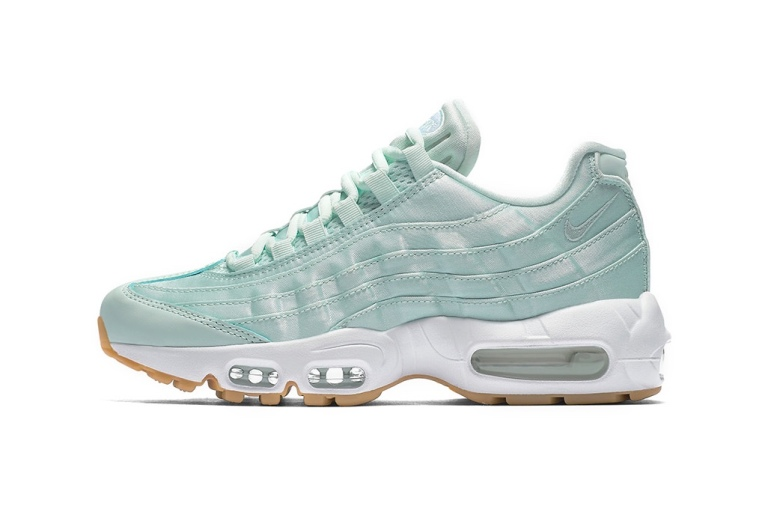 NIKE-AIR-MAX-95-SATIN-FIVERGLASS-MINT